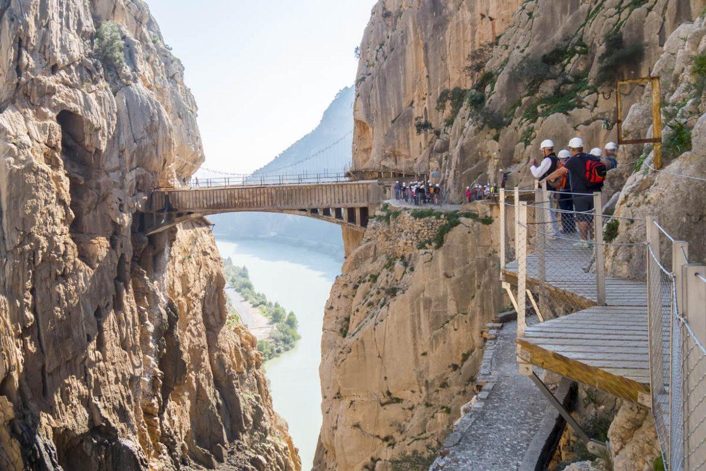 Puente-acueducto de hormigón armado en El Caminito del Rey